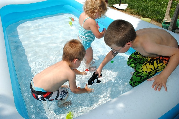 SwimWays encourages children to play together