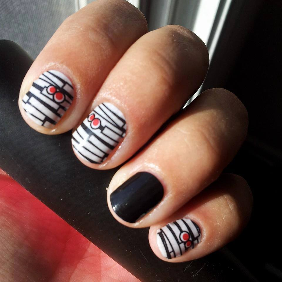 Mummified Jamberry Nails - Perfect for Halloween