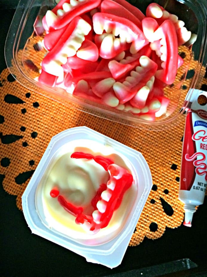 Bloody Vampire Fang Pudding Cup