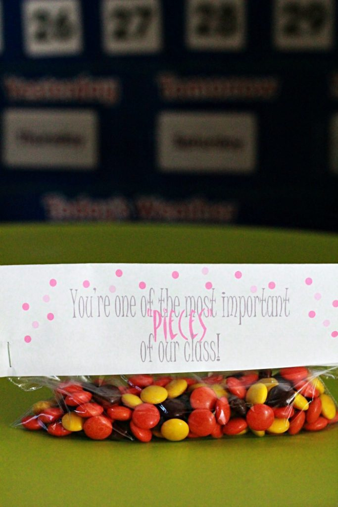 Reese's Pieces printable candy bag topper